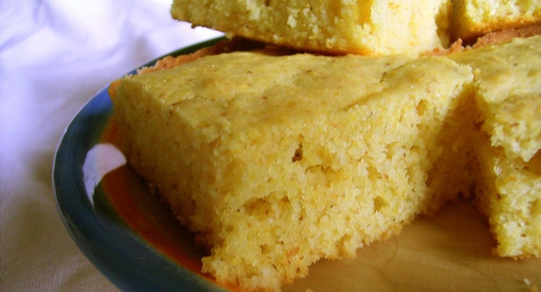 What Is a Quick and Easy Recipe for Cornbread?