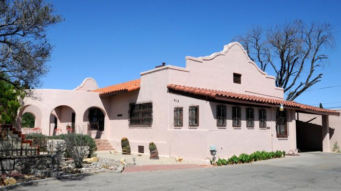 How do you find houses for rent in El Paso, Texas?