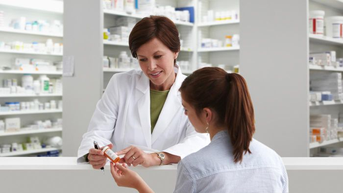What Is the Average Annual Salary of a Pharmacist?
