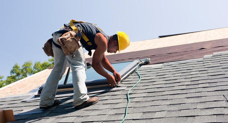 How Can You Get a Job As a Roofing Subcontractor?