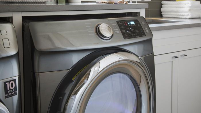 How Does a Maytag Washer Compare to a Whirlpool Washer?
