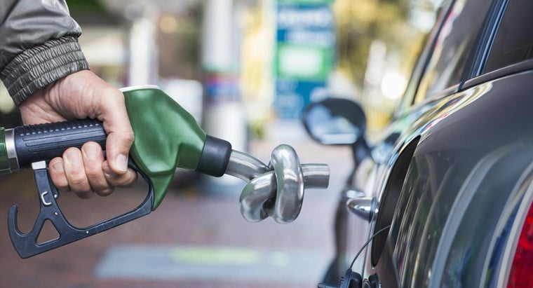 What Caused Gasoline Prices to Drop in 2014?