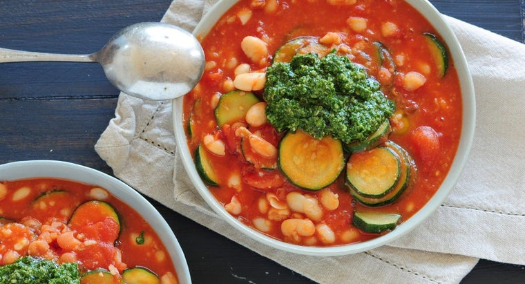 How Can You Prepare a Simple Minestrone Recipe?