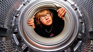 Does an Agitator Help a Washing Machine to Clean Better?