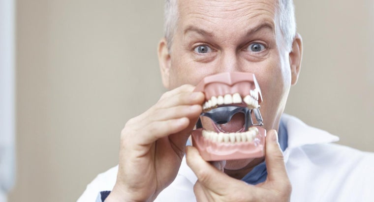 Does Medicaid Pay for Dentures?