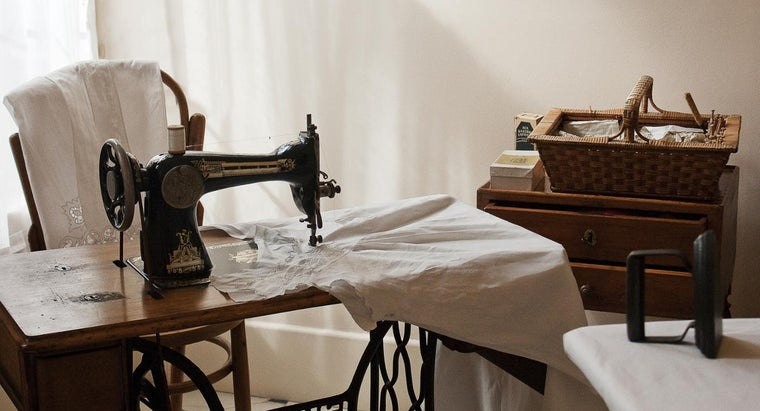 How Can You Determine the Value of an Old Sewing Machine?