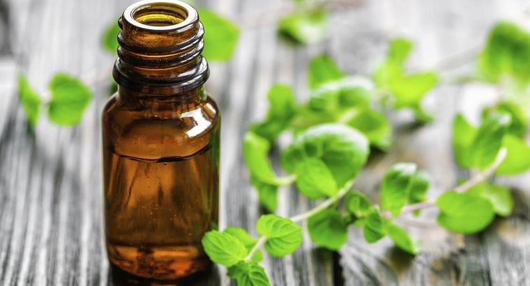 What Is Peppermint Oil?