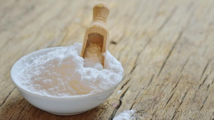 Does baking soda cure lung cancer?