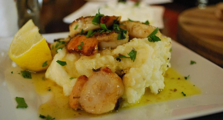 What Are Some Recipes for Garlic Mashed Potatoes?