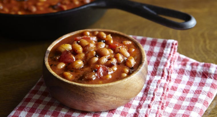 How Do You Cook Old-Fashioned Baked Beans?