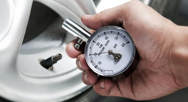 What Are Some Tips for Car Tire Puncture Repair?