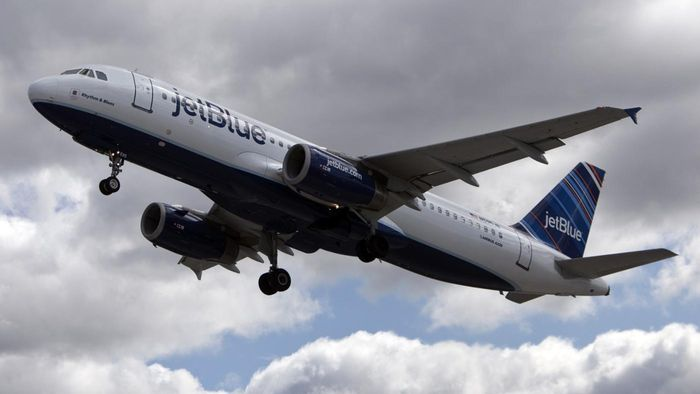 What Are the JetBlue Baggage Fees?