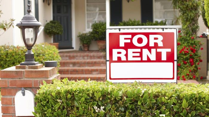 How Do You Rent a Private House?