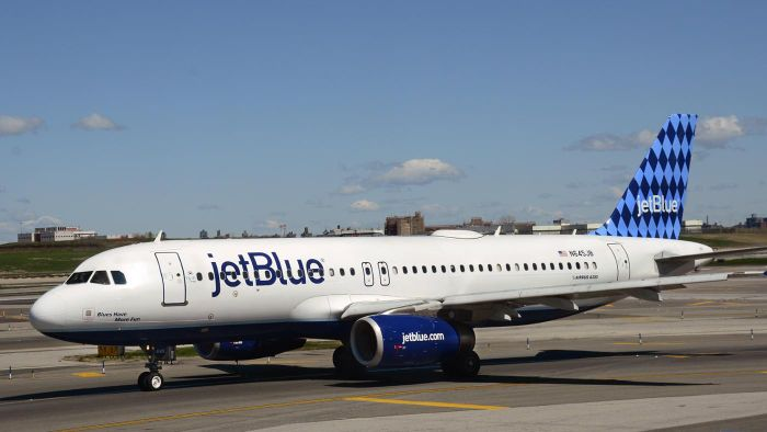 What Is the Toll-Free Number for JetBlue?