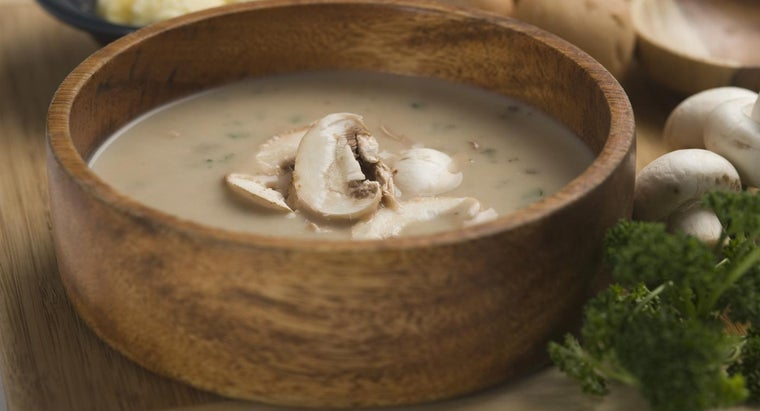 What Is a Basic Mushroom Soup Recipe?