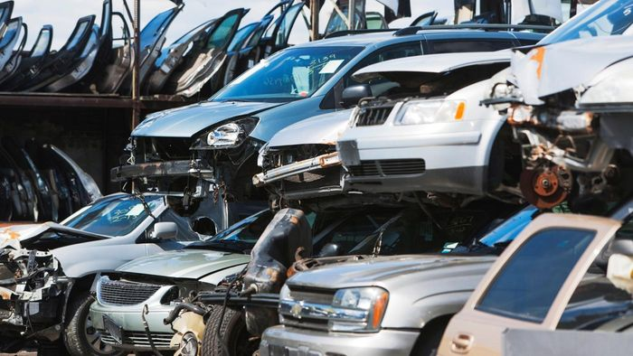 How Do You Find Fair Scrap Car Prices in Your Area?