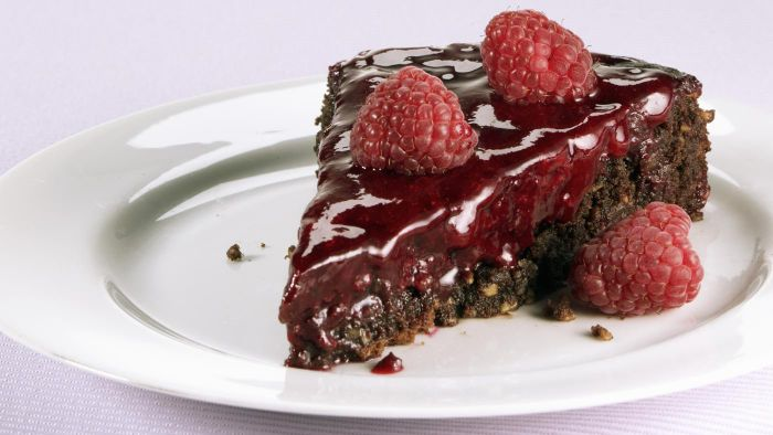 What Is a Good Chocolate Raspberry Cake Recipe?