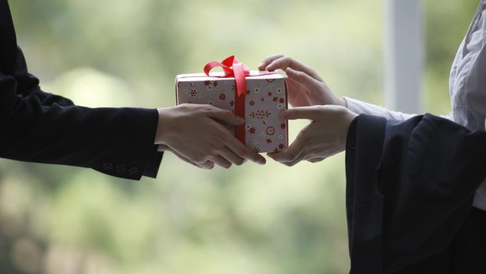 Does Lifetouch Have Photo Gift Packages?