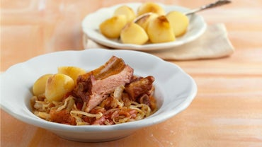 What Is an Easy Pork and Sauerkraut Recipe?