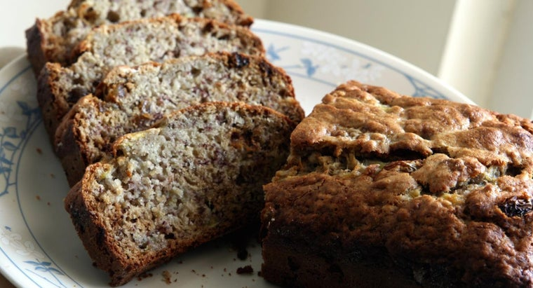 What Is a Simple Recipe for Banana Bread?