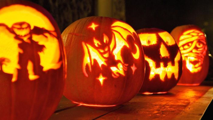 How Do You Use a Pumpkin Carving Stencil?