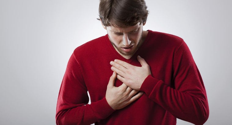 What Are the Symptoms of a Hernia in the Esophagus?