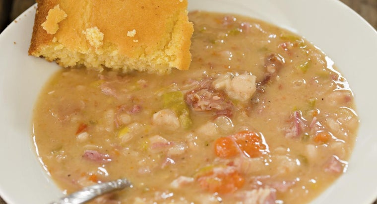 What Is a Good Navy Bean Soup Recipe?