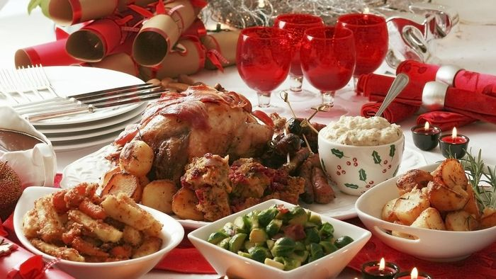 What Are Some Popular Menu Items to Serve for Christmas Dinner?