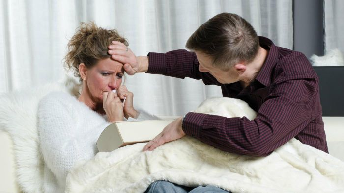 What Are Some Ways to Reduce an Adult Fever?
