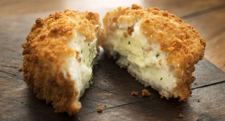 What Is a Crab Cake Recipe That Uses Canned Crab Meat?