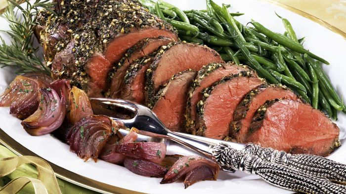 What Is an Easy Way to Cook Beef Tenderloin?
