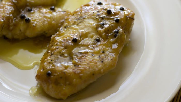 What Is a Simple Recipe for Lemon Chicken?