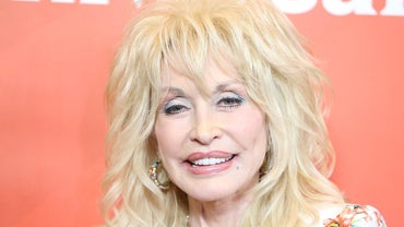 How Does Someone Contact Dolly Parton?