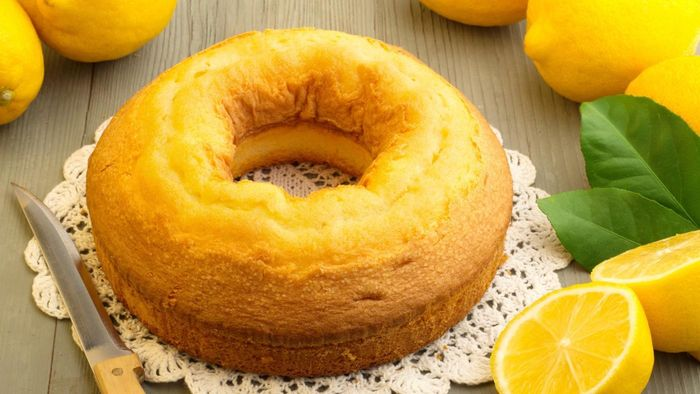 What Is a Good Recipe for a Moist Pound Cake?