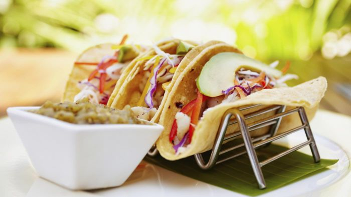 What Are Some Good Fish Taco and Slaw Recipes?