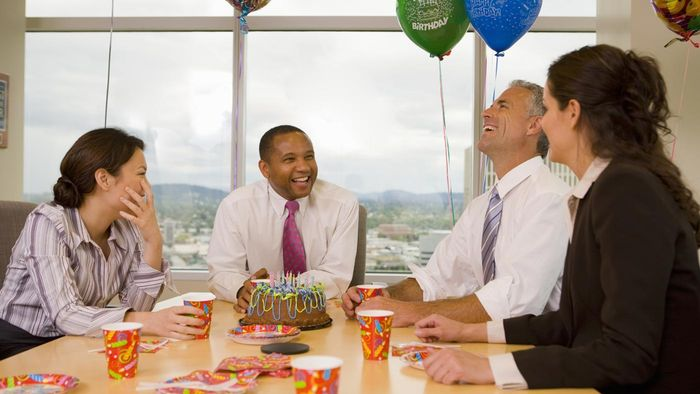 What Are Some Ideas for Employee Parties?