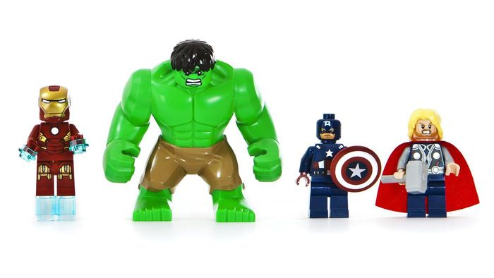 What Super Heroes Are in Lego Super Heroes?