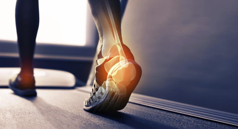 What Are Home Remedies That Help to Ease Heel Pain?