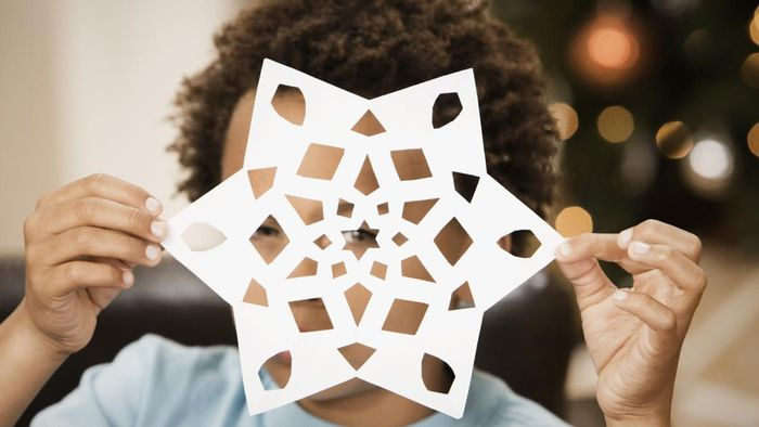 How Do You Make a Paper Snowflake?