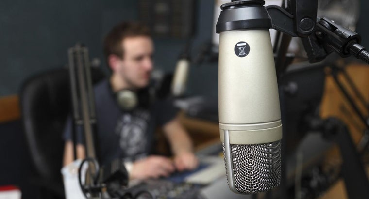 What Is the Number to the 98.3 FM Radio Station?