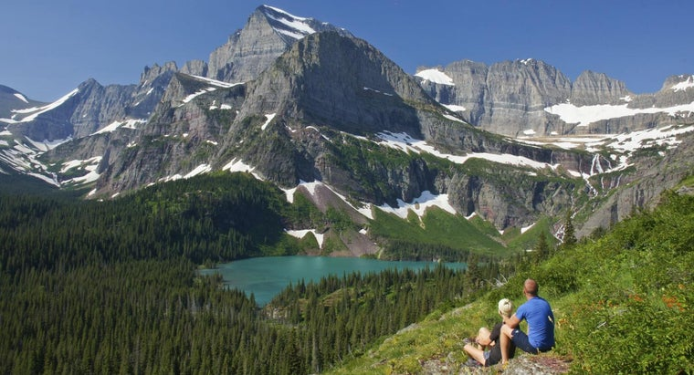 Where Is the Glacier National Park Located?