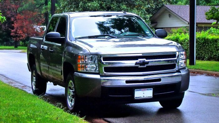 What is the average price of a Chevy Silverado?
