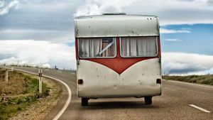 What Are Some Tips on Buying Used Mobile Homes?