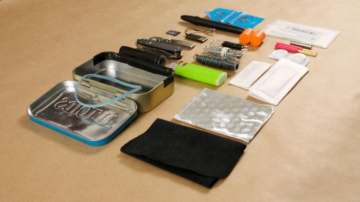 What Is a List for a Military Survival Kit?