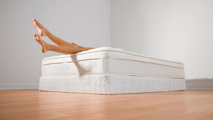 What is the best way to measure a mattress?