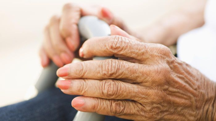 What Are the Symptoms of Arthritis in Fingers?