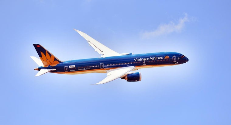 What Are the Specifications of the Boeing 787 Dreamliner?