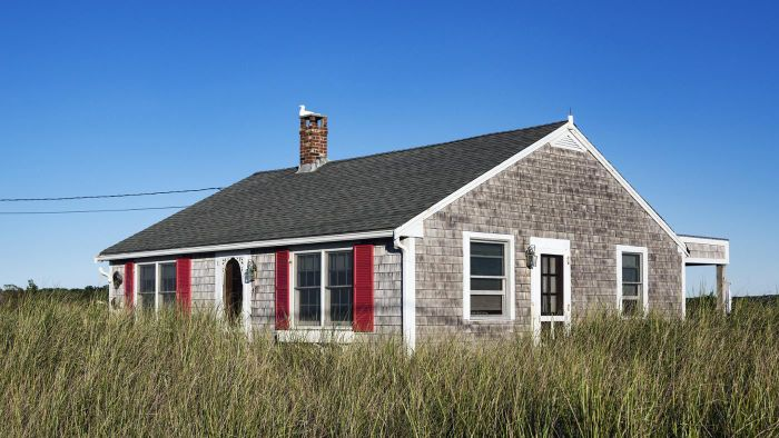 What Are Some Floor Plans for Very Small Cottages?