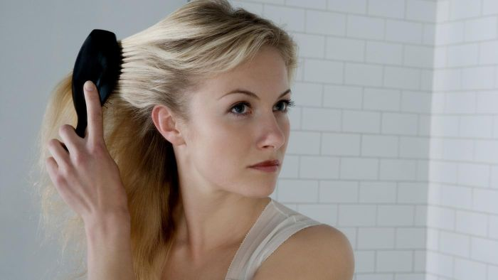 What Are Some Causes of Hair Loss in Women?
