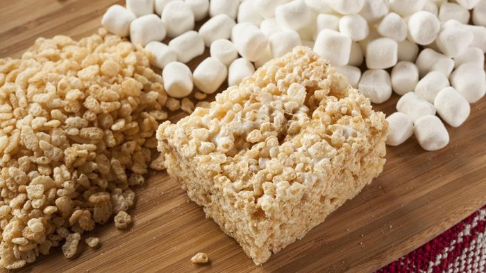What Is a Recipe for Rice Krispies Treats With Marshmallows?